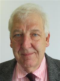A photo of Councillor Geoff Jung.