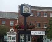 Don't waste Exmouth's cash on Magnolia Centre 'glorified hanging basket' broken clock