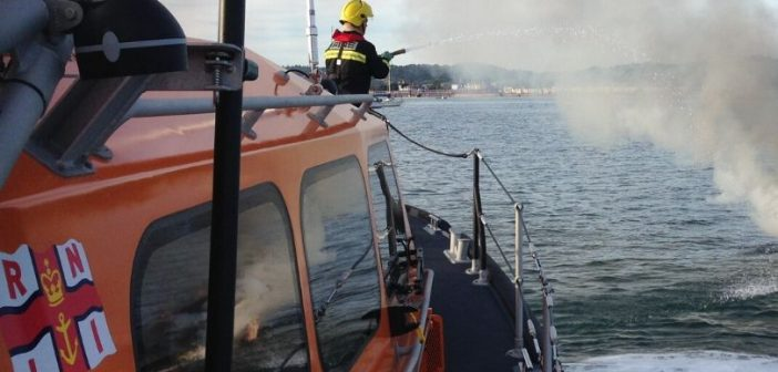 Fishing vessel crew 'did the right thing' in rapid reporting of engine room smoke, says Exmouth RNLI