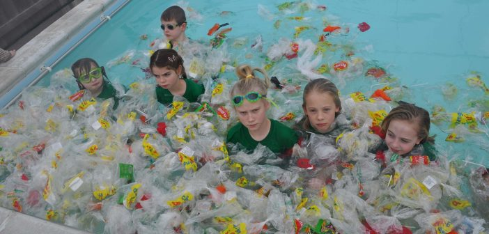 Budleigh, Exmouth and Lympstone schools send video message to Government over single-use plastics