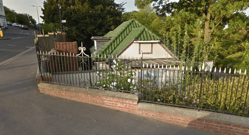 The public toilets in Manor Gardens, off Chapel Hill. Image: Google Maps