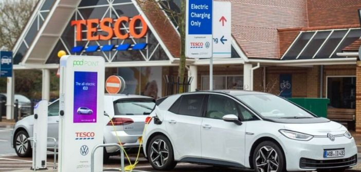 Honiton supermarket installs new charge points where electric car drivers can top up for free