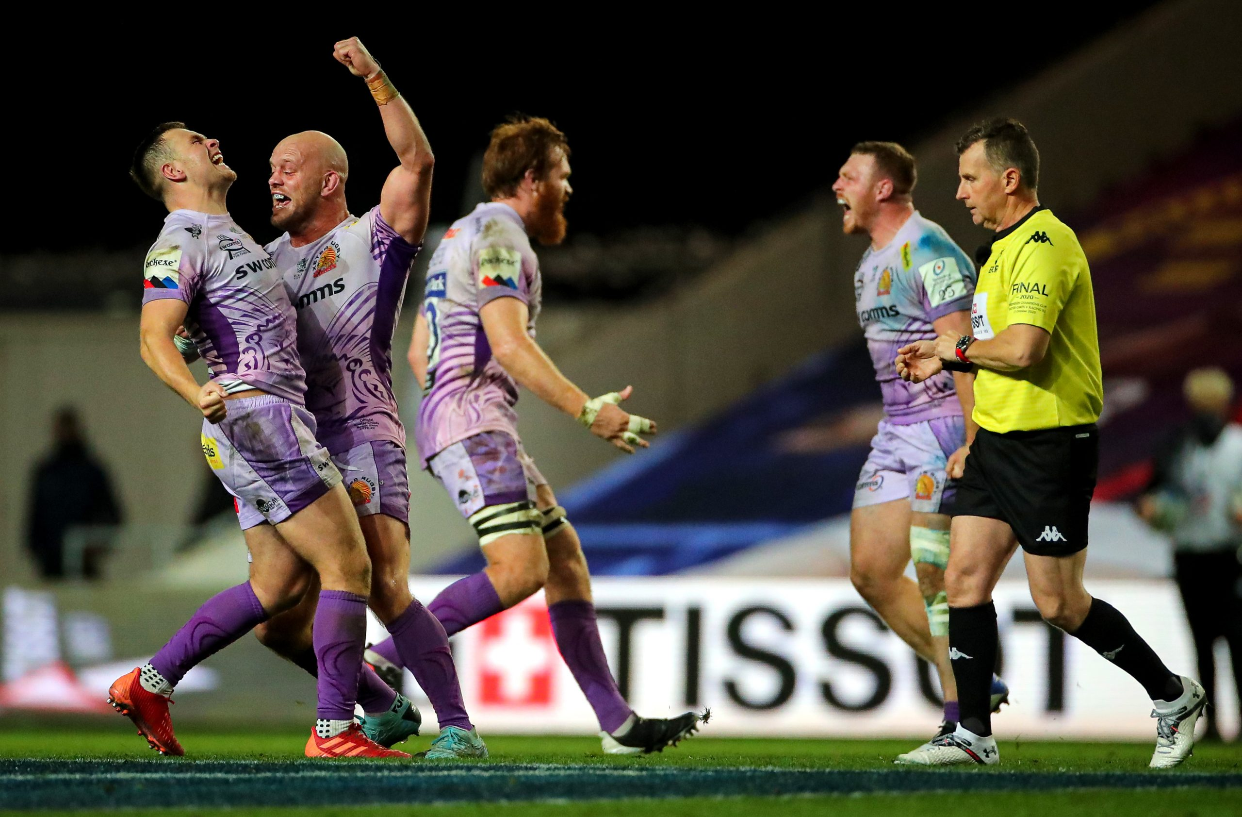 Exeter's Jack Yeandle celebrates with Joe Simmonds at the final whistle. Picture: ©INPHO/James Crombie