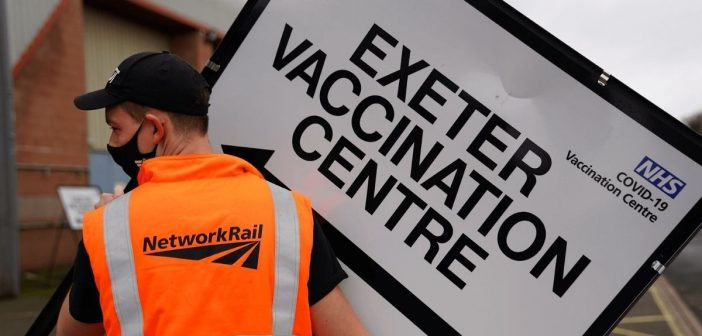 Network Rail staff volunteer to help set up new Westpoint Exeter Covid-19 vaccination centre