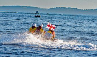 Exmouth RNLI lifesavers speed to the rescue. Image: John Thorogood/ Exmouth RNLI