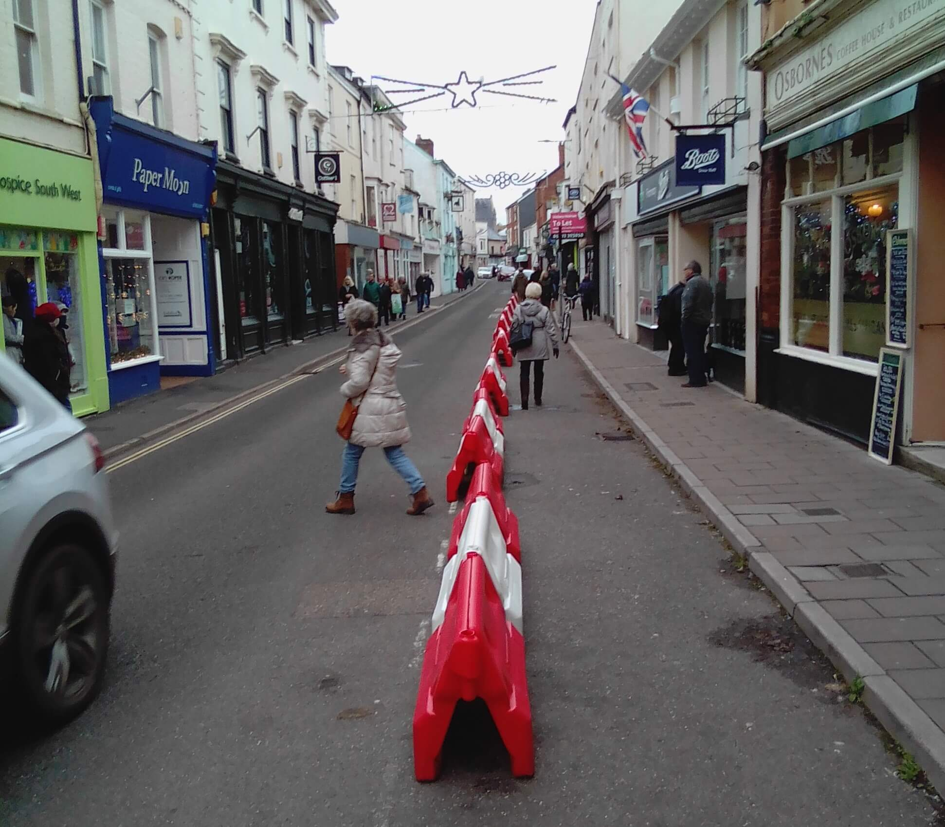 Social distancing measures in Fore Street, Sidmouth. Image: DCC