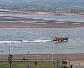 Out-of-control speedboat with engine failure off Exmouth is towed to safety by RNLI